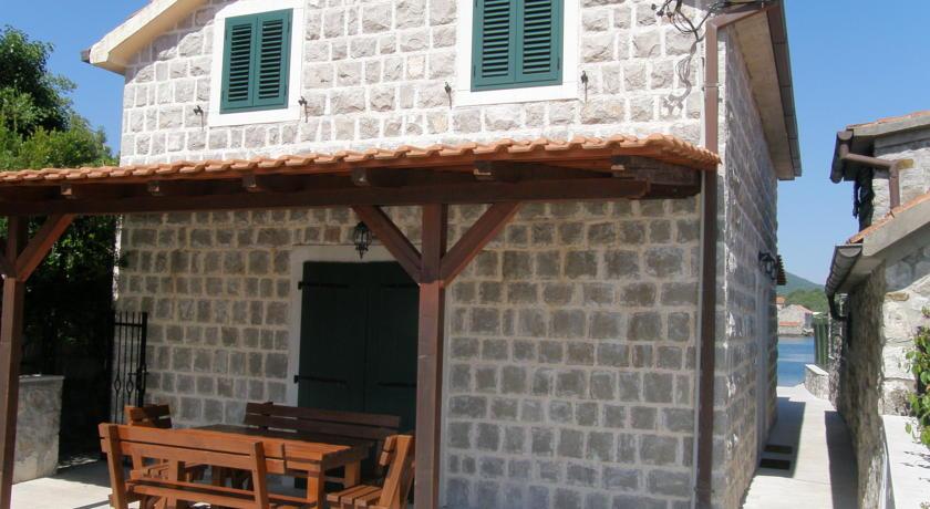 NewLine Montenegro - Wild Beauty House - TIVAT - Slika 4