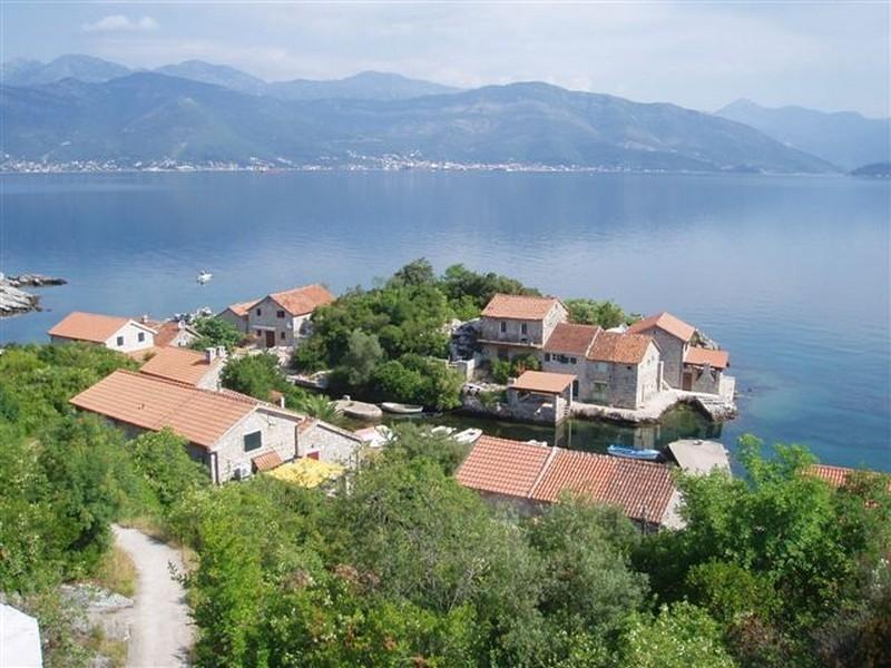 NewLine Montenegro - Wild Beauty House - TIVAT - Slika 1