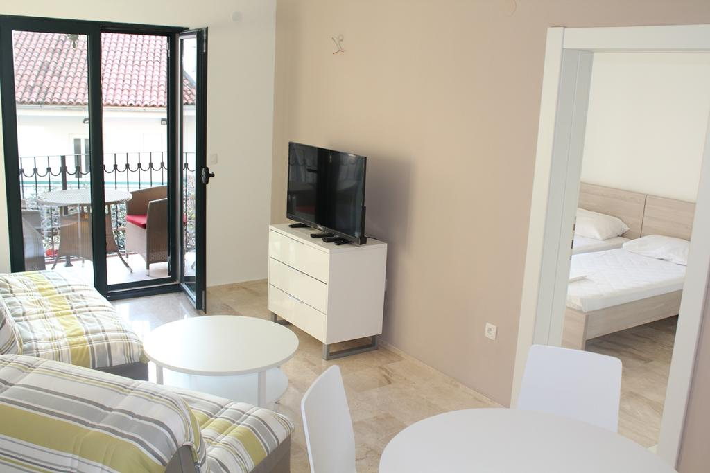 BUDVA #FAMILY APARTMENTS