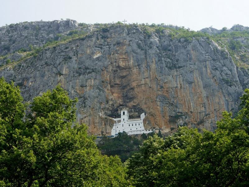 NewLine Montenegro - Manastir Ostrog