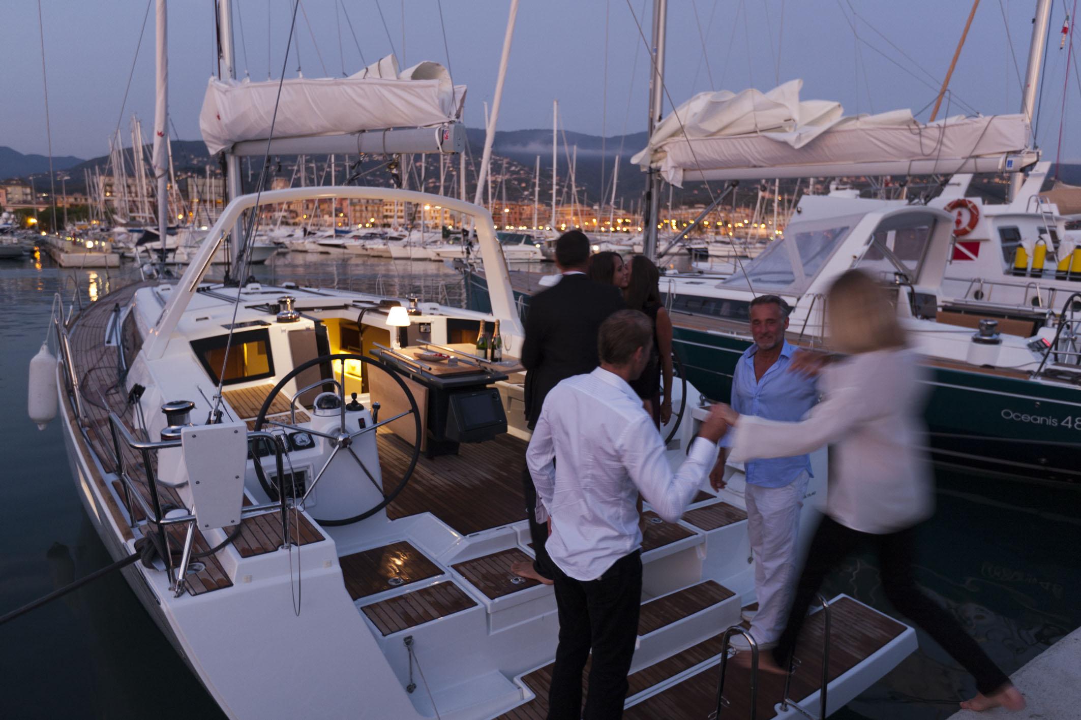 Экскурсия на яхте в Италию
